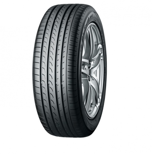 Yokohama BluEarth RV-02 225/60 R17 99H